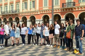 Students perfect French in Nice